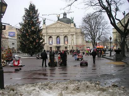 Het operagebouw in het centrum van Lviv